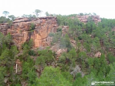 Sierra de Albarracín y Teruel;puerto de navafria monasterio de monsalud rio cofio zahurda significa